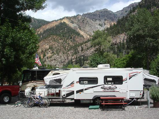 Scenic mountain surroundings in Ouray at 4J+1 Campground