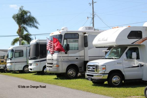 RVs on Orange Road - Non waterfront sites