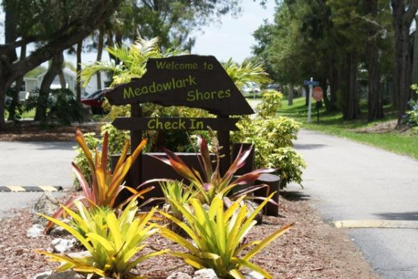 Welcome to Meadowlark Shores RV Park