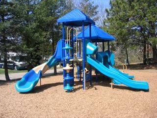 Shady Knoll Playground