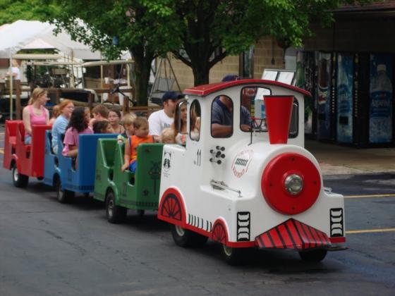 Cici's Train Rides