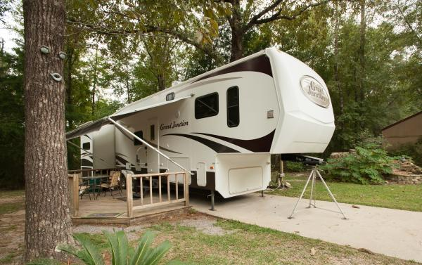 We have spacious sites nestled in the woods At Sunburst RV Resort in Milton Florida