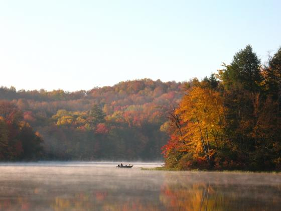 Fall Foliage at Keen Lake is breathtaking must see!
