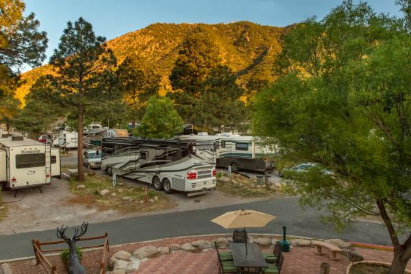 Flagstaff Campground for RV, Tents and Hotel-Style Deluxe Cabins at the Flagstaff KOA