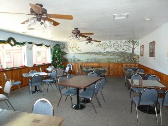 Lakeshore Inn & RV Restaurant Dining Room