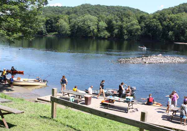 Boat launch and dock for Driftstone Campground