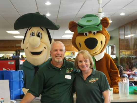 Meet the Owners - Bob & Marion Palmer