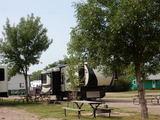 D&S Campground Lodge Storage & Guide Service in Akaska South Dakota