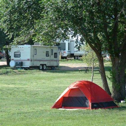 Plenty of pull-through room for the biggest of rigs, plus tent sites - near Colorado Springs
