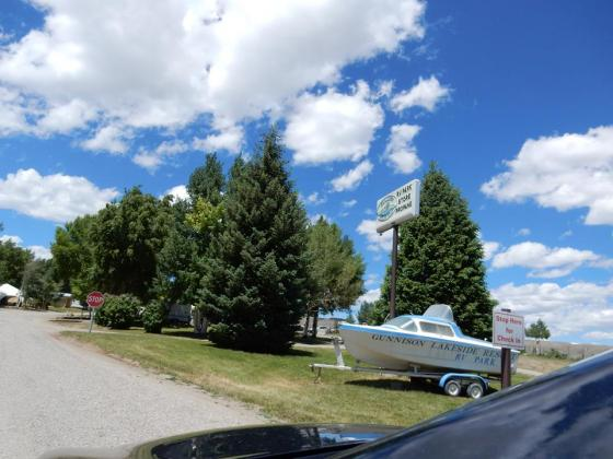 Welcome to Gunnison Lakeside RV Park and Cabins
