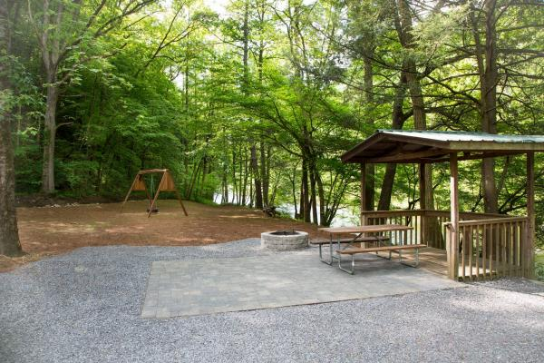RV Sites at Little Arrow Outdoor Resort - On River