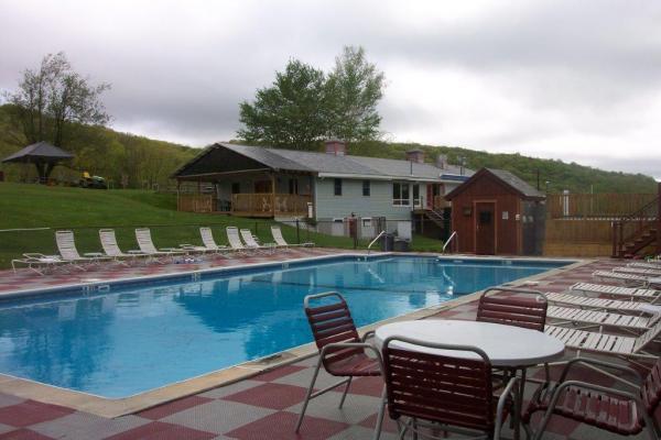 Berkshire Vista Nudist Resort - Home Page
